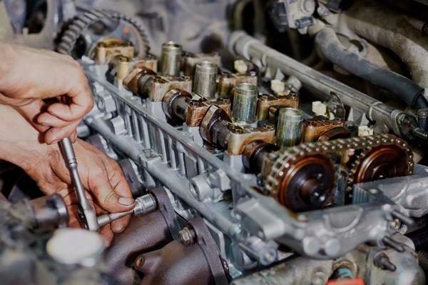 Oprava motoru v Autoservis v Ostravě